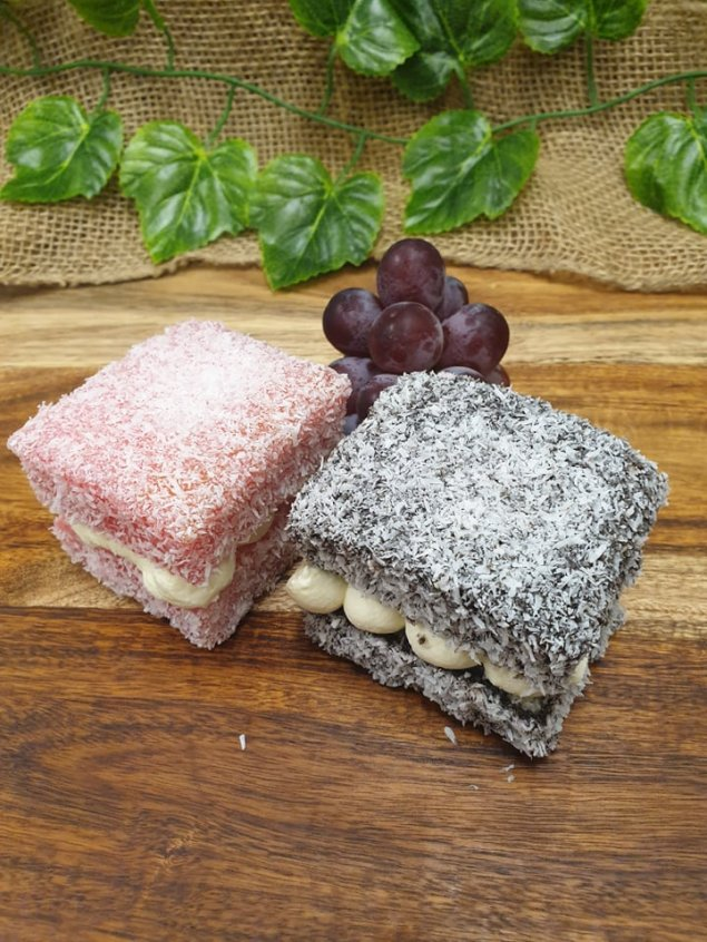 Classic lamingtons with Chantilly cream (v)