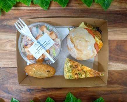 Lunch Tray - Option 4 - Vegetarian